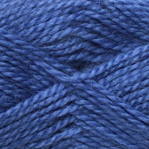Crucci Lambshair 8ply Wool Shade 28 summer sky